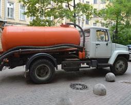 Услуги ассенизаторской машины — цены и условия заказа
